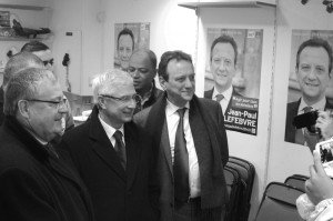 Gérard Cosme (Maire du Pré-Saint-Gervais et Président de la communauté d'agglomération Est-Ensemble), et Claude Bartolone (Président de l'Assemblée Nationale), sont venus en voisins et amis soutenir la candidature de Jean-Paul Lefebvre. Une fidélité à toute épreuve.